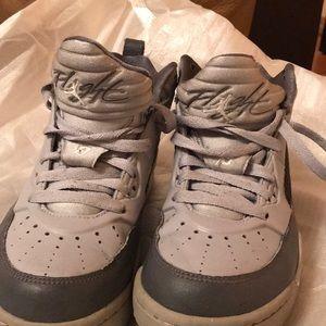 Air JORDAN Sneakers size-US 5Y—good condition
